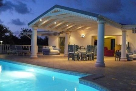 Pin by maud on architecture pinterest architecture for Camping a aix en provence avec piscine