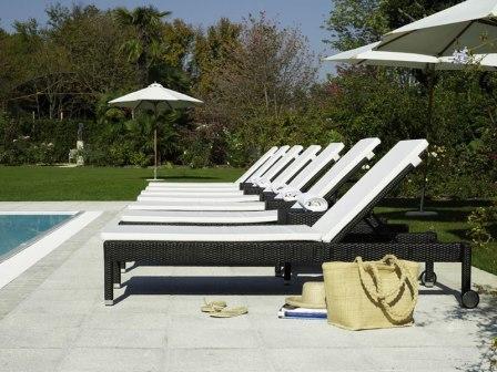 meubles de jardin mobilier patio design pas cher meubles de jardin en bois teck rotin. Black Bedroom Furniture Sets. Home Design Ideas