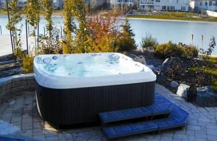 spa jacuzzi pas cher design luxe exterieur interieur. Black Bedroom Furniture Sets. Home Design Ideas